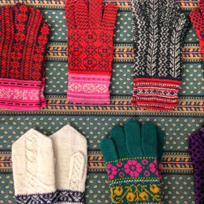 Estonian gloves (image from http://fancytiger.blogspot.com.au