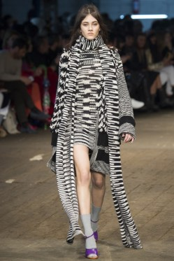 Missoni-2016-Fall-Winter-Runway02